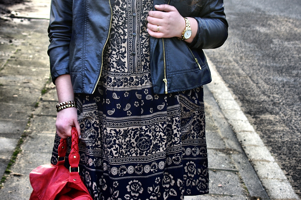 653: How to wear summer clothes in winter