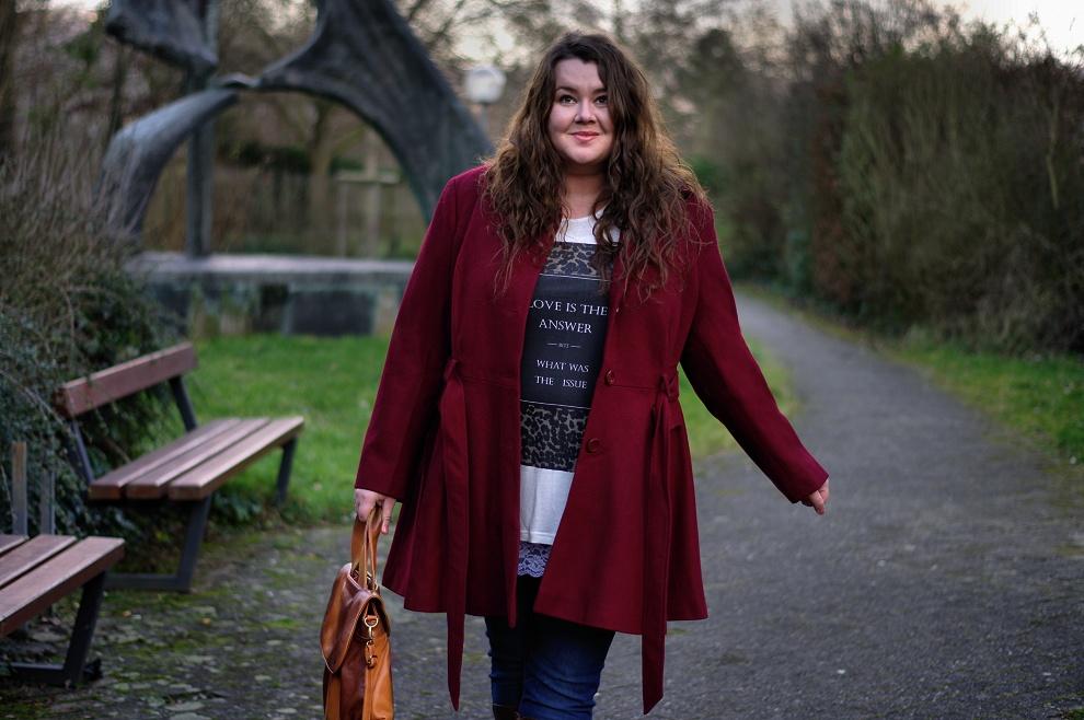 Große Größen Plus Size Fashion Blog kik textilien asos curve burgundy coat