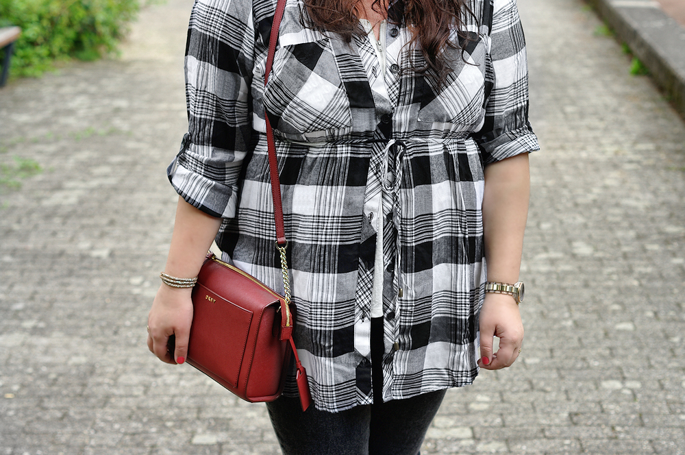 Black and white plus size tartan shirt
