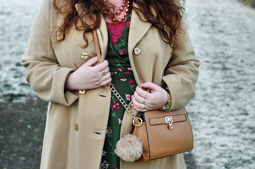 Vintage plus size dress - winter outfit