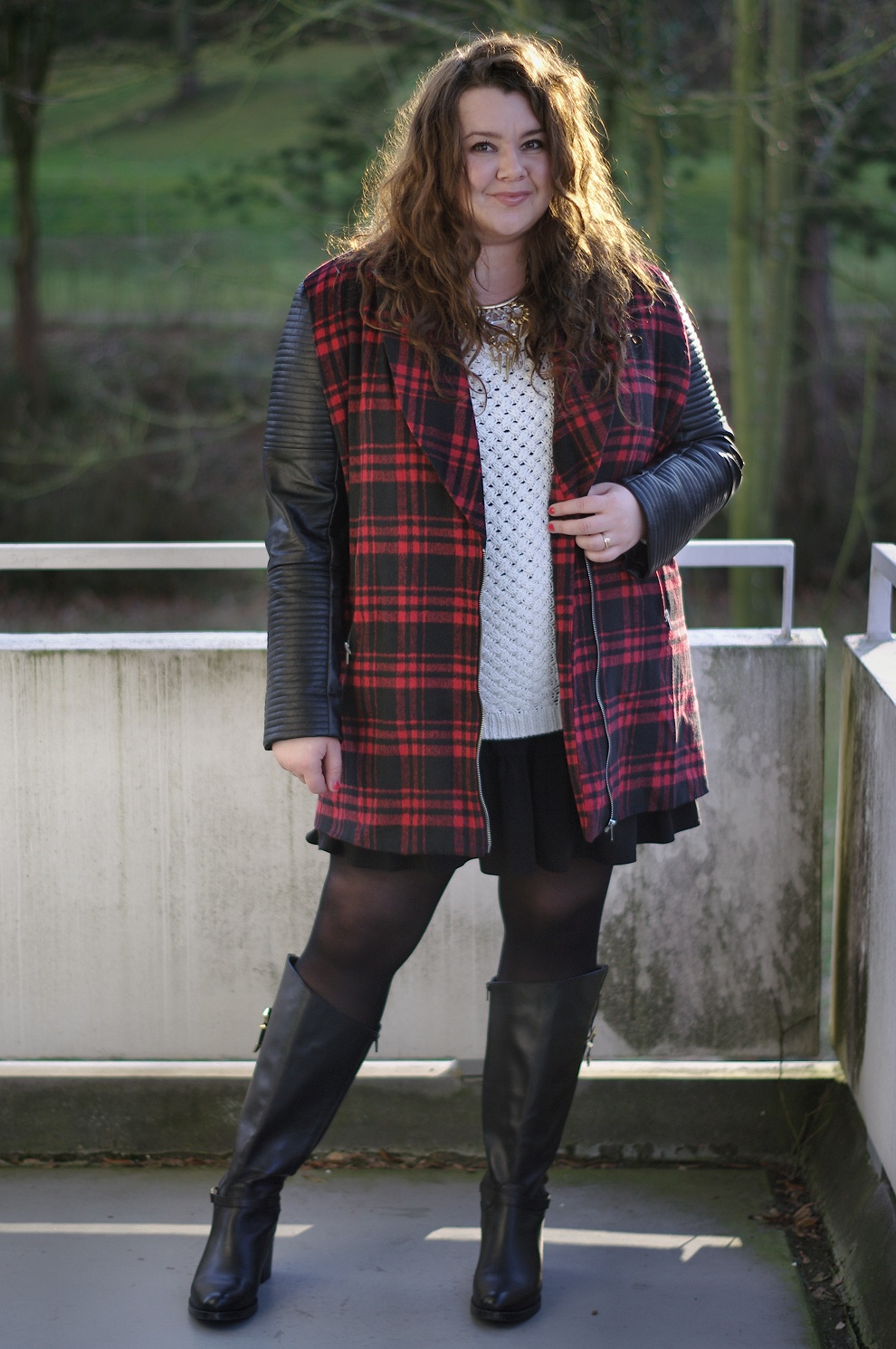 Große Größen Plus Size Fashion Blog missguided plus plaid jacket jilsen
