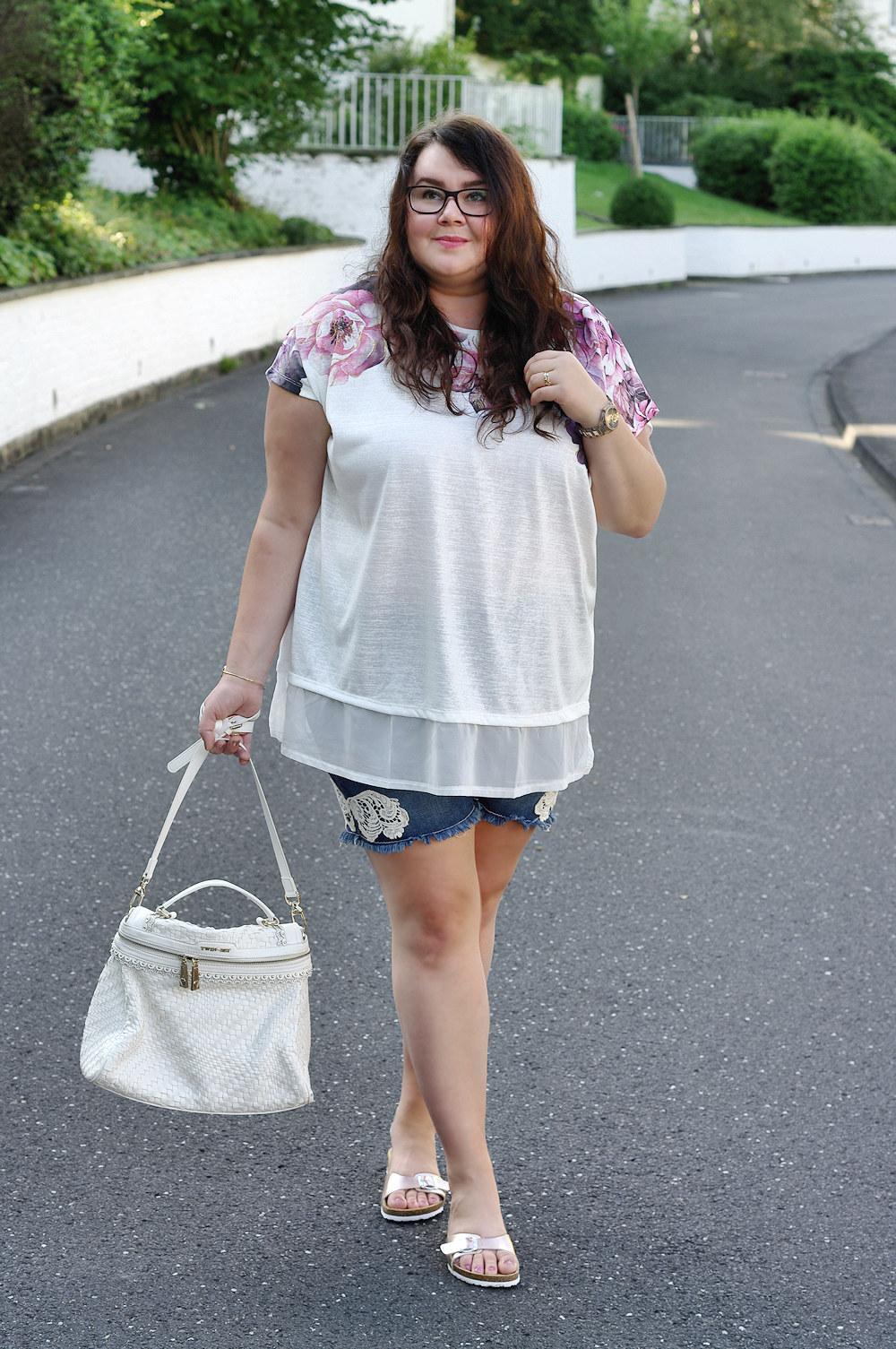 Große Größen Plus Size Fashion Blog twin-set white cecile bag your's clothing