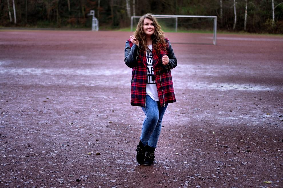 Missguided Plus Size - tartan jacket