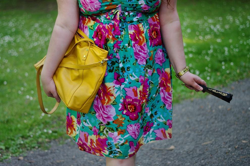 I love that dress