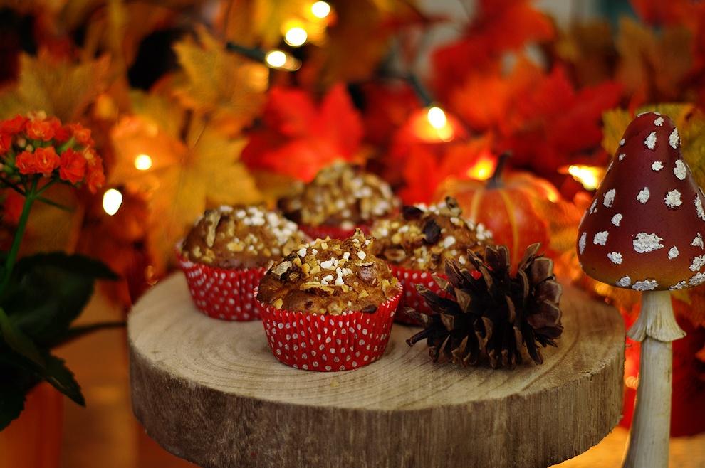 Muffins mit Äpfeln und Gewürzen