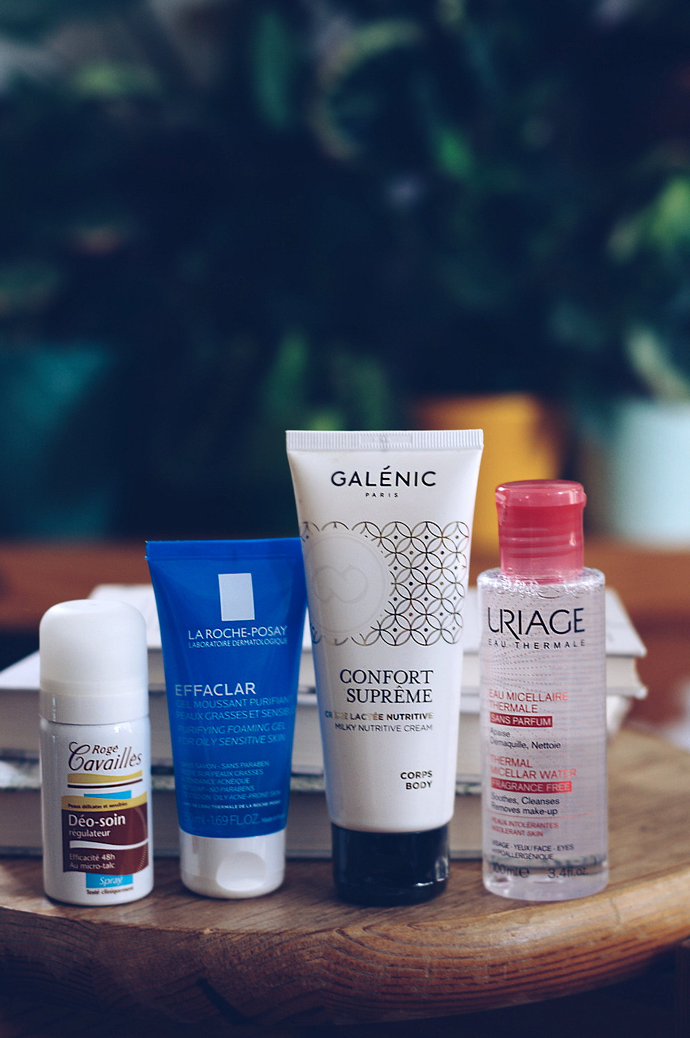 Newpharma Roge Cavailles Dermato Deo-Pflege-Spray La Roche-Posay Effaclar Uriage Mizellarwasser Galenic Confort Supreme